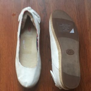 UGG Shoes - Ugh flats with lamb fur lining